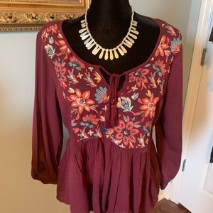 AMERICAN EAGLE OUTFITTERS BURGUNDY BLOUSE